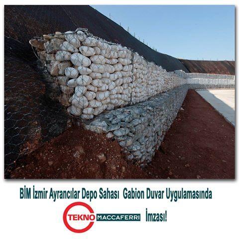 Bim İzmir Ayrancılar Depo Sahası Gabion Duvar Uygulamasında Tekno Maccaferri İmzası! Tekno Maccaferri Kutu Gabion Uygulaması yaklaşık 300 m3 ve Macmat Erozyon kontrol örtüsü 1500 m2 olarak uygulama yapılmıştır.