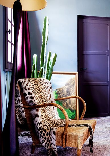 I have two purple shirts in my entire closet --but loving this with the leopard.. Fun in a girls room:)