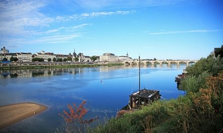 Hôtel Restaurant Le Pélican à Vernantes : 1 à 2 nuits avec dîner aux Pays de la Loire