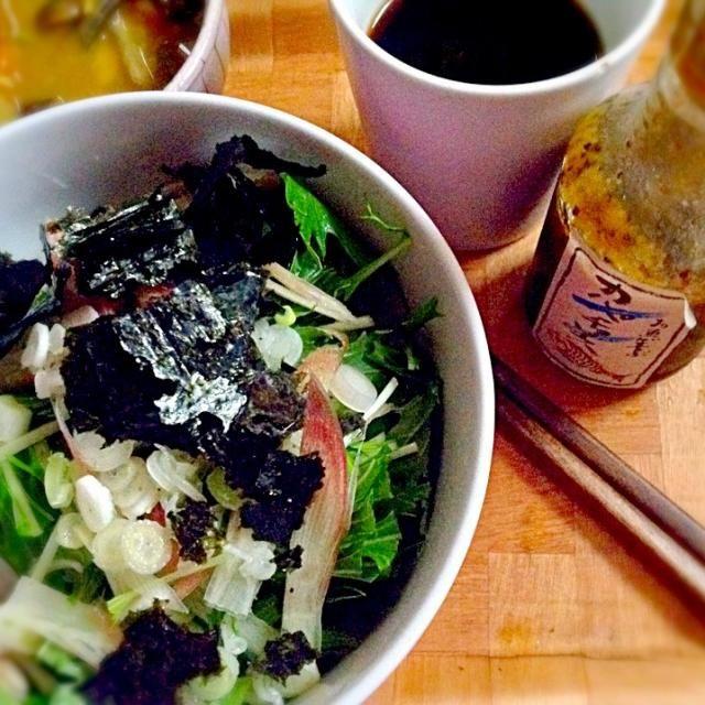 冷たいうどんともゆうw 稲庭うどん、白魚の塩辛、大根おろしたっぷり♪ 水菜、みょうが、細ネギ、海苔。カルパッチョソースでいただきます♡ - 10件のもぐもぐ - 和風冷製パスタ by ryurensuzuQ5p