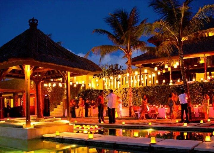 Bali Wedding: Villa Puri Bawana