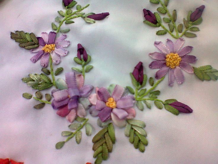 flores en cinta   Bordado   Pinterest
