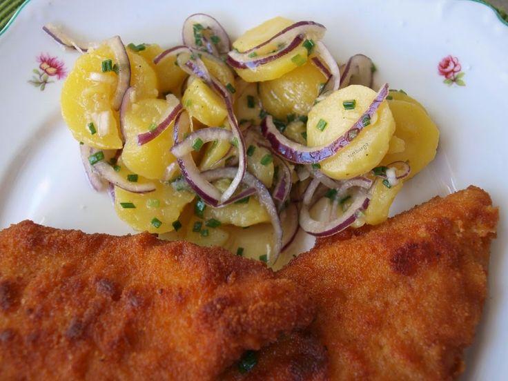 Notburga konyhája: Bécsi krumplisaláta/Wiener Erdäpfelsalat