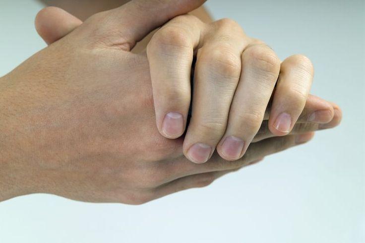 Cómo aclarar la piel de las manos y de los pies | Muy Fitness
