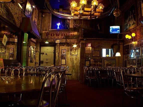 Safe House Restaurant, Milwaukee