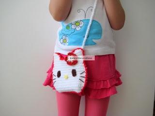 Ema's Decorations: Crochet Hello Kitty Purse free crochet pattern