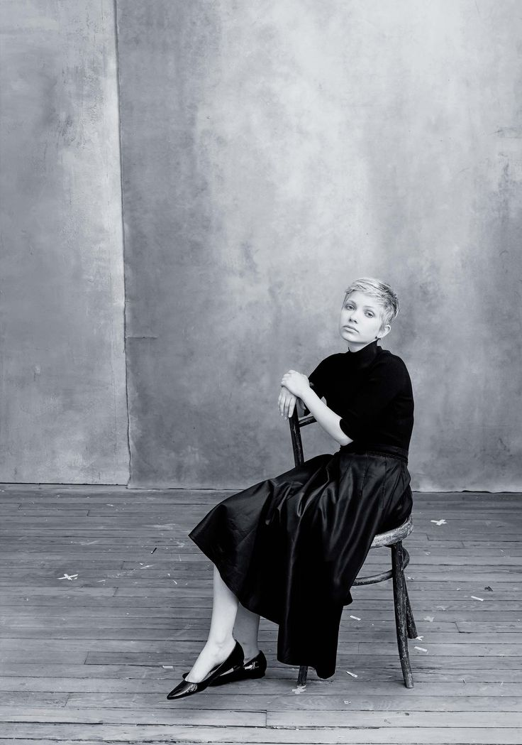 Tavi Gevinson. Photo: Annie Leibovitz / Courtesy of Pirelli Calendar 2016.