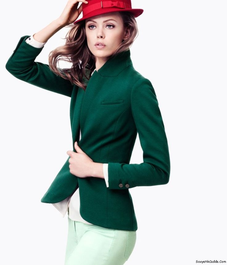пиджак с блестками с брюками женская одежда: 18 тыс изображений найдено в Яндекс.Картинках