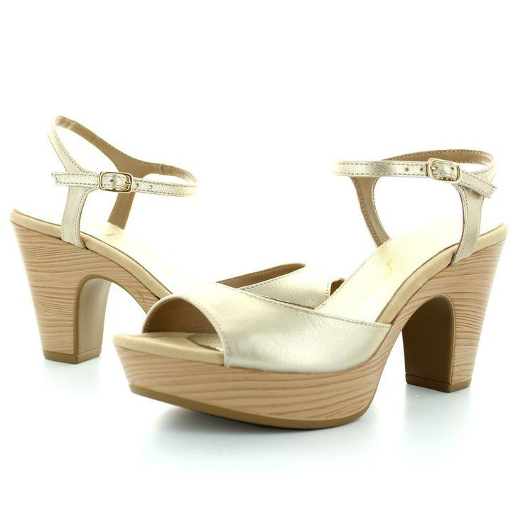 Preciosa sandalia de Unisa en color platino. Ideal tanto para el día como para la noche!