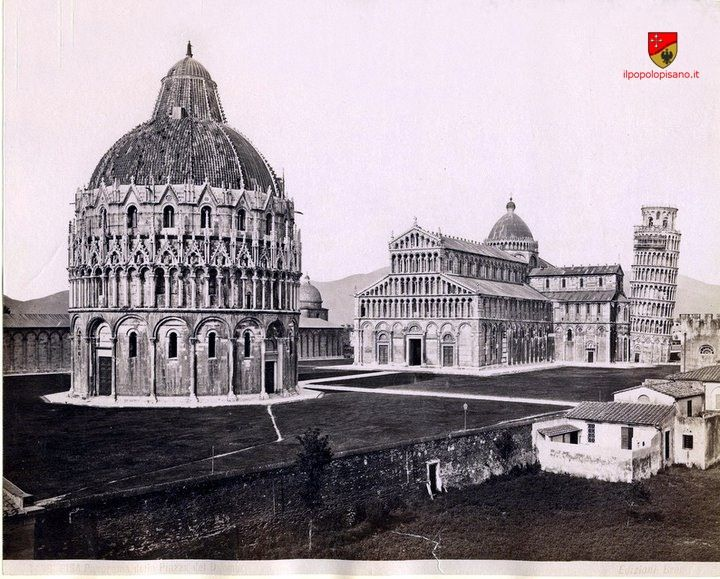 Piazza-duomo-1850 circa Pisa