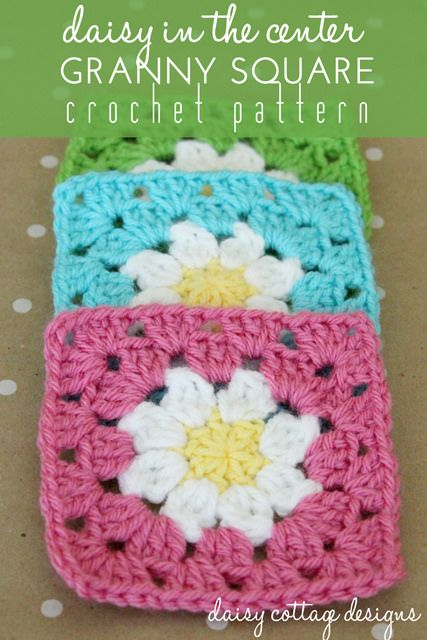 FREE PATTERN - This adorable granny square pattern is simple and beautiful. Perfect for blankets or coasters! (Source : http://daisycottagedesigns.net/crochet/daisy-granny-square-crochet-pattern/) #free #pattern #granny #crochet