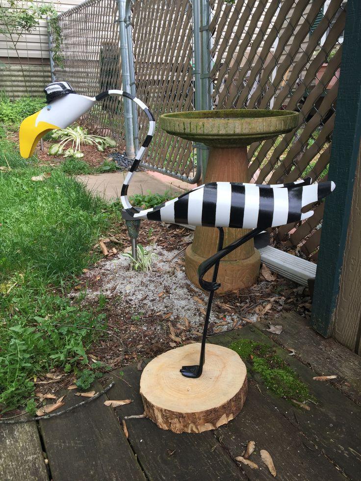274 best yard birds images on pinterest birdhouses for Pvc pipe art ideas