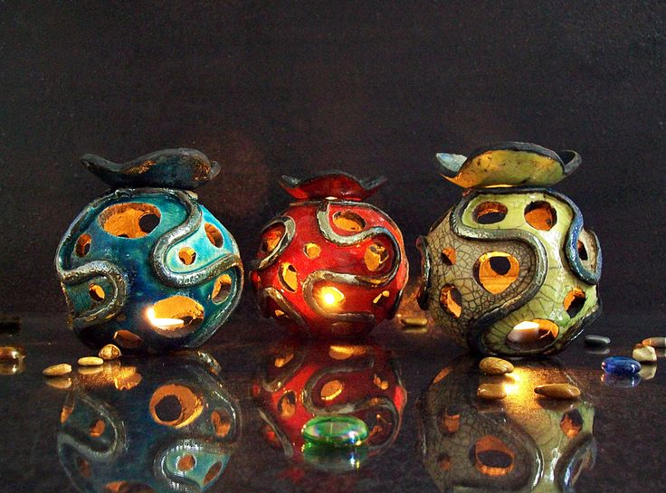 Essential Oil Diffuser and Luminary - Candle holder raku Aromatherapy Diffuser by FedericoBecchettiArt on Etsy https://www.etsy.com/listing/212853156/essential-oil-diffuser-and-luminary