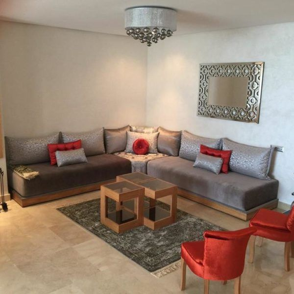 Salon gris  rouge brique  INTRIEUR SUR MESURE  Salons marocains  Pinterest  Salons