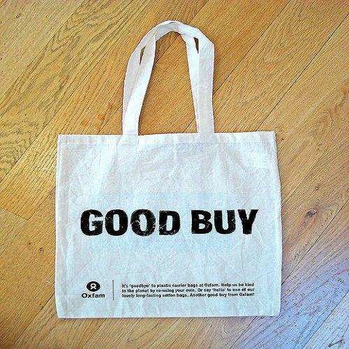 http://www.bax.fi/kauppakassit - Kauppakassit ovat kasseja, jotka on tehty muovista tai paperista ja niiden tulee kantaa asiakkaan ostokset. Tunnetaan myös nimellä ostoskassi.#kauppakassit #muovikassi #paperikassi #carrierBag #shoppingBag