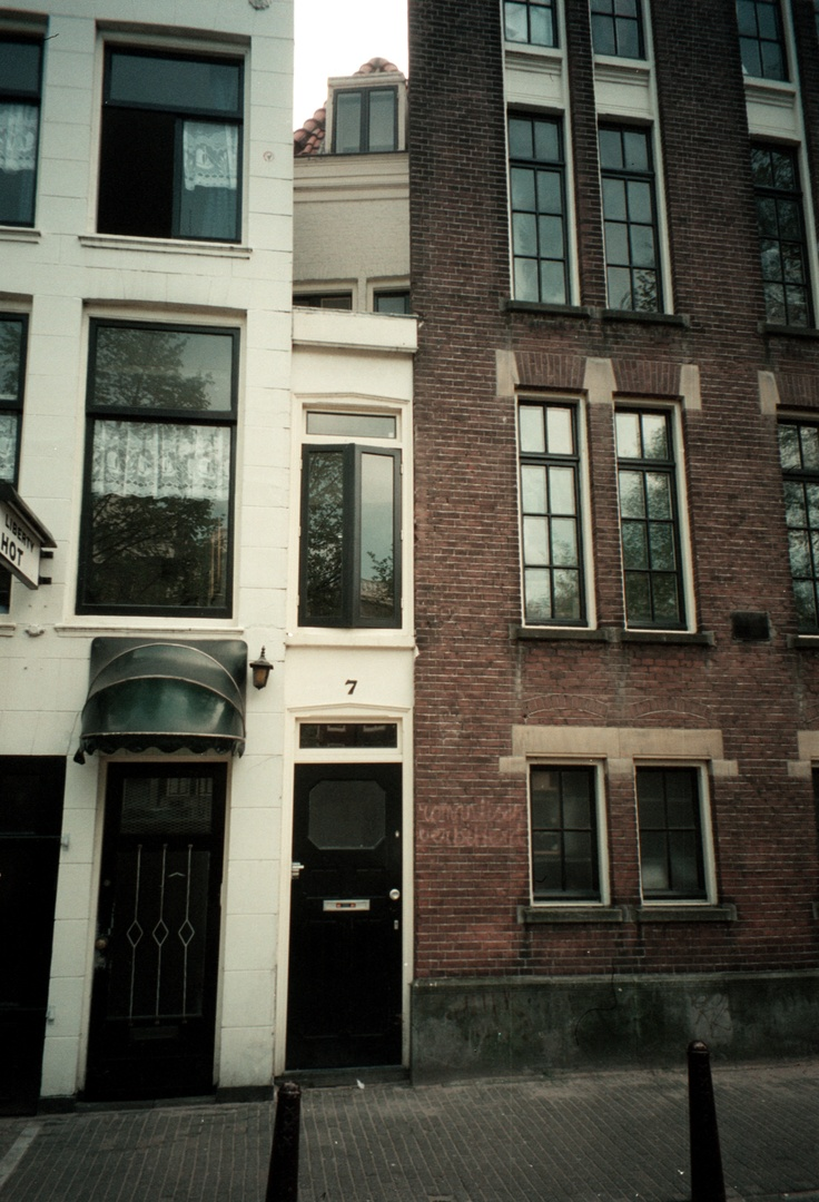 Most narrow house in the world, Singel 7, Amsterdam