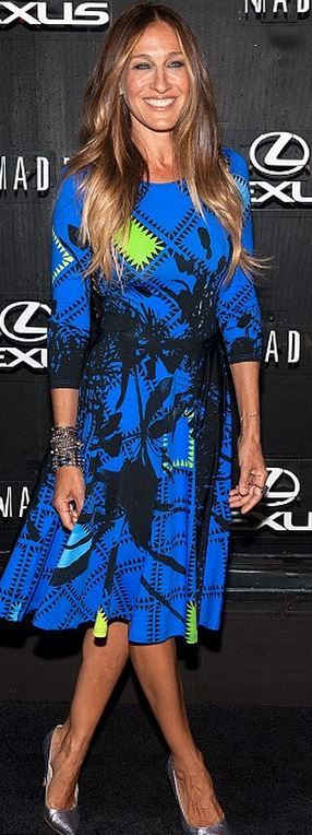 Sarah Jessica Parker in Preen blue print long sleeve dress and SJP by Sarah Jessica Parker SJP 'Fawn' Pump