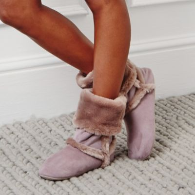Inuit Booties - Blush from The White Company #WhiteChristmasWishList