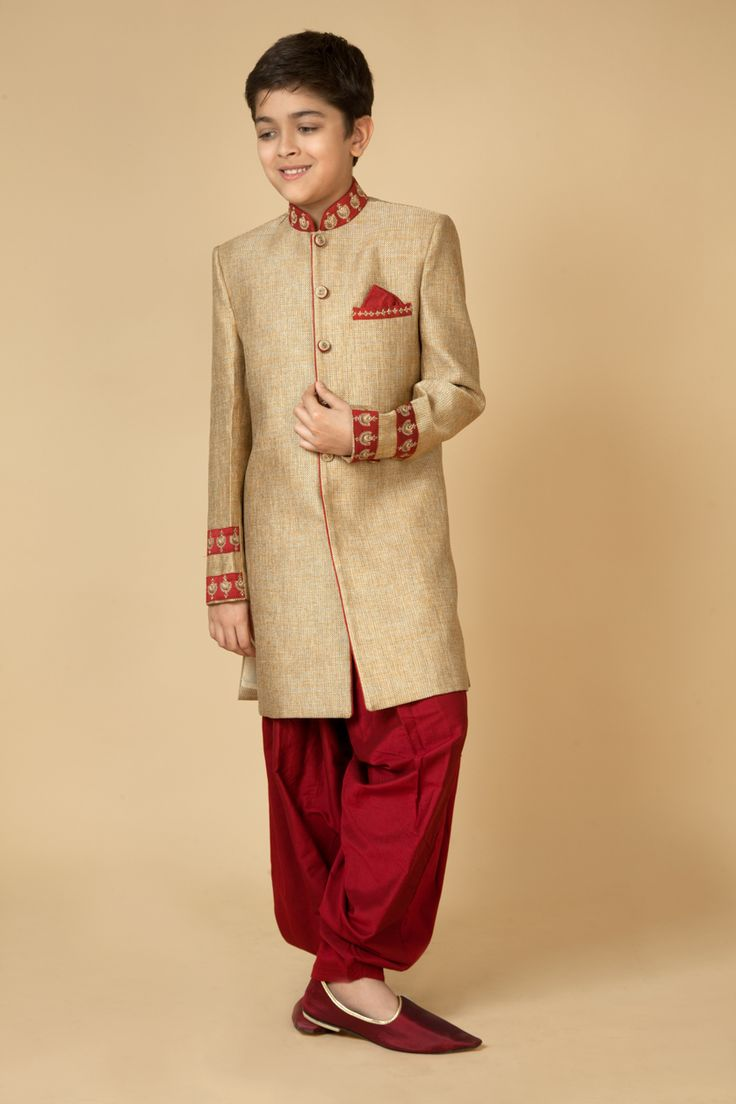 Jute Indowestern sherwani with polysilk patiala embellished with resham, zari and katdana embroidery. Item number KB15-09