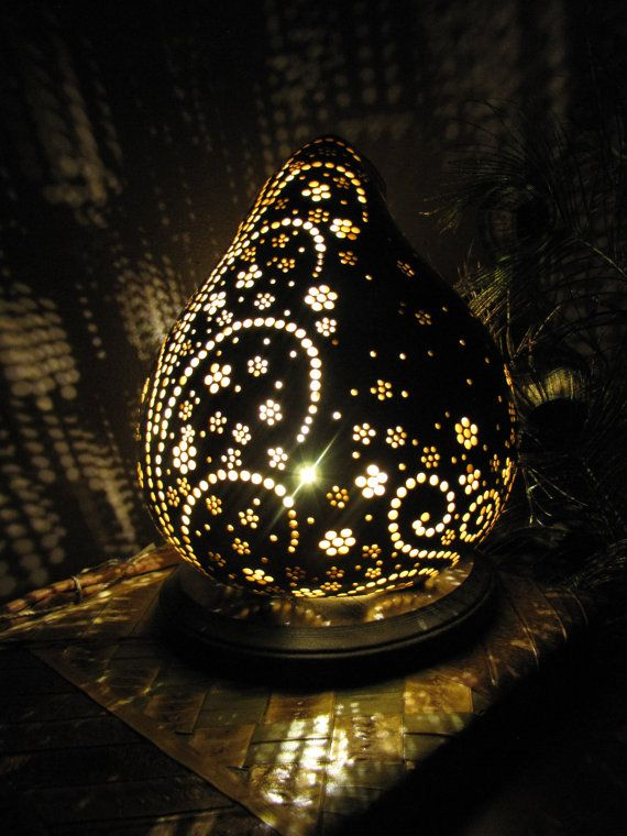 Flowers and Fountains gourd lamp