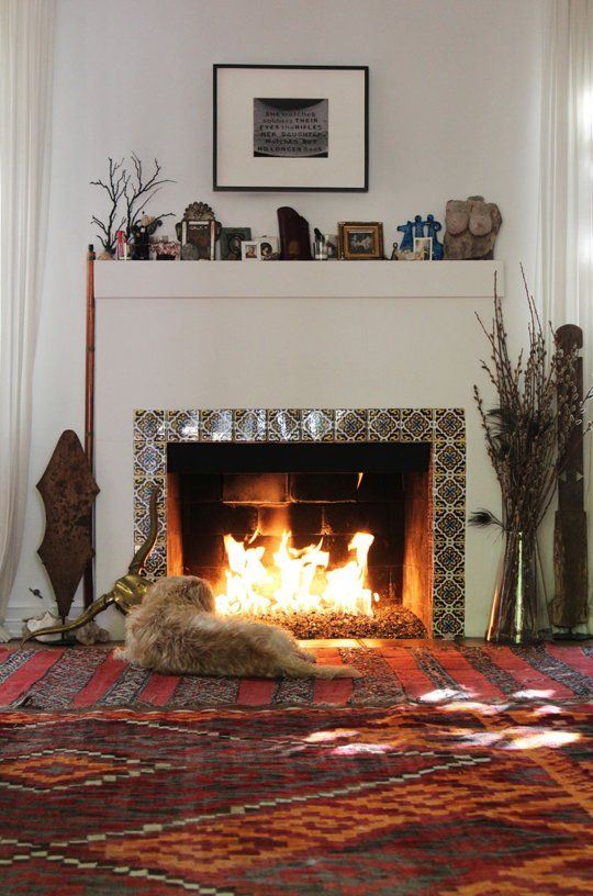 Cozy, cozy... ----------------------------- Hot Ideas From the Warmest Looking Living Rooms | Apartment Therapy
