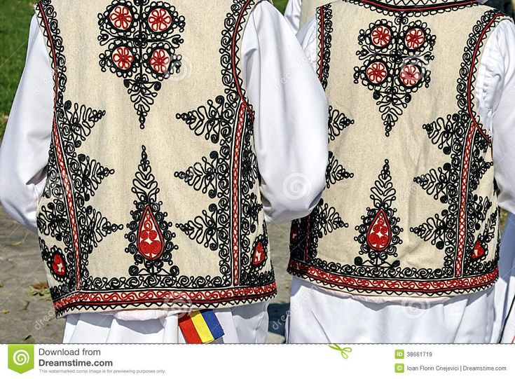 traditional-romanian-folk-costume-detail-two-people-old-specific-banat-romania-38661719.jpg (1300×957)