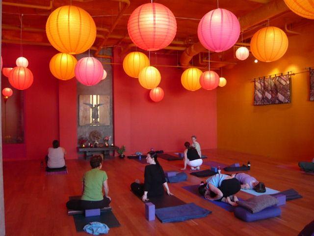 70 best yoga studio inspiration images on pinterest for Studio decoracion