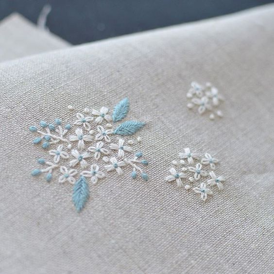 hydrangea? Reeves spirea? I like to embroider small flowers