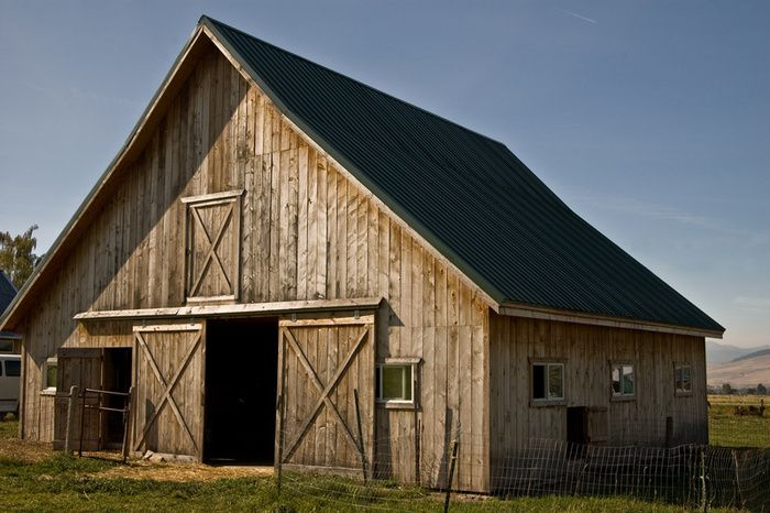 Rustic+Buildings+and+Barns | rustic barn - photo/picture definition - rustic barn word and phrase ...
