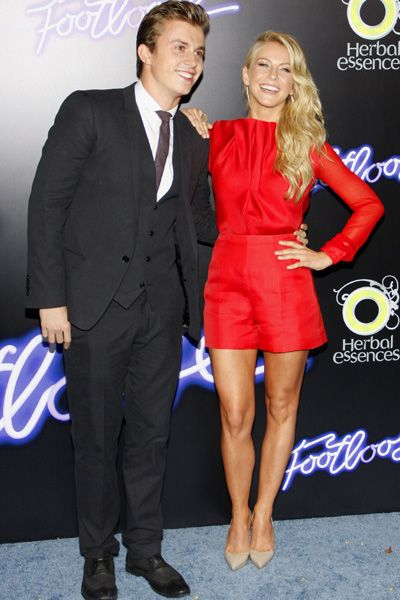 Julianne Hough gets leggy at Footloose premiere