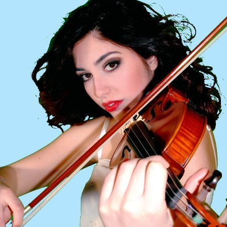 """ASIA MACCHIA #violin and vocals of """"Passione Taranta"""" the #TARANTA female group from #Salento performing new #pizzica and #worldmusic - YOUTUBE VIDEOS: http://www.youtube.com/passionetaranta - FACEBOOK: http://www.facebook.com/passionetaranta"""