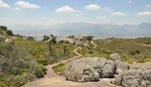 Hiking Route: Paarl rocks. Bretagna Rock:30min-1h