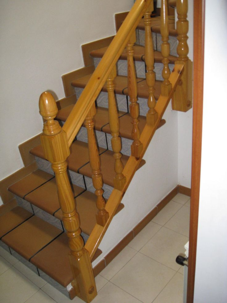 22 best images about barandas de escaleras on pinterest - Baranda de madera ...