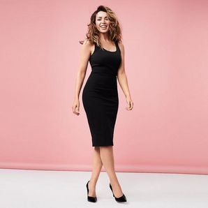 The perfect desk to dinner option, our ponte bodycon dress from the Dannii Minogue Petites range is an on-trend piece designed for all day comfort.Soft...