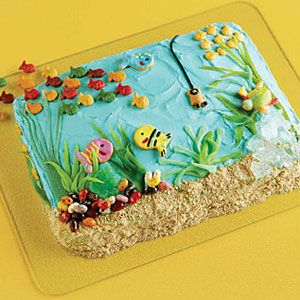 Under the Ocean Cake. Wonderful craft to accompany the book Who Made You. #Children's crafts #home schooling #sea crafts
