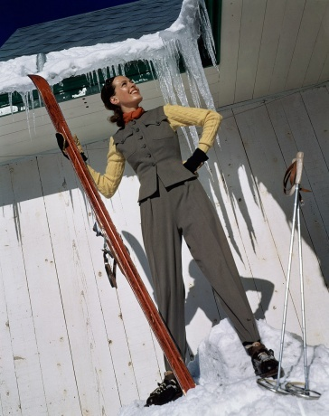 VogueDecember 1940, photo Toni Frissell. 1940s fashion. Ski bunny