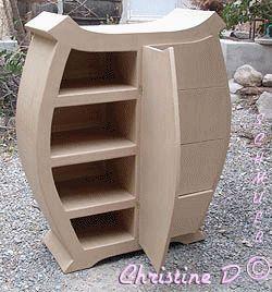Meuble carton avec 4 tiroirs et une porte