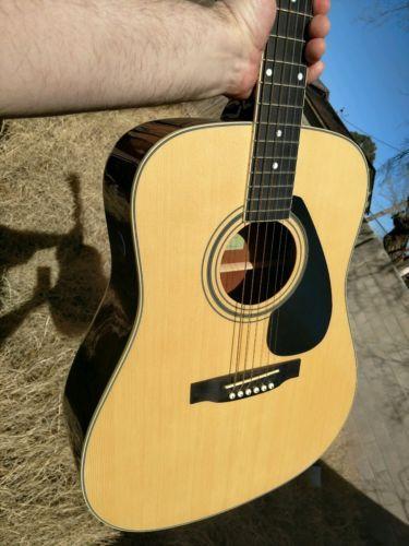 #guitar Yamaha acoustic guitar please retweet