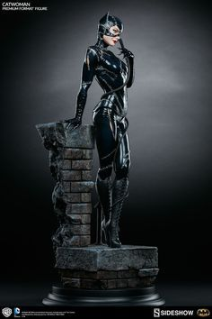 Sideshow Catwoman Statue Photos and Info - The Toyark - News