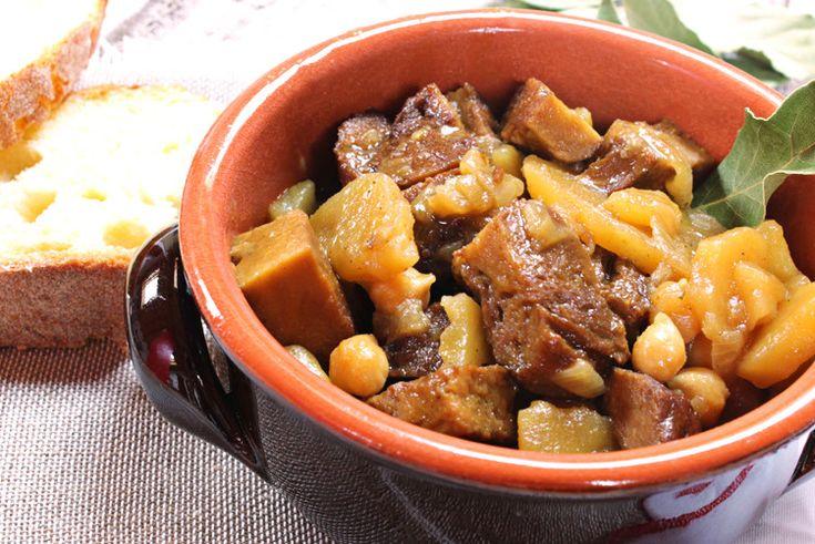 stufato di seitan al curry con patate e ceci