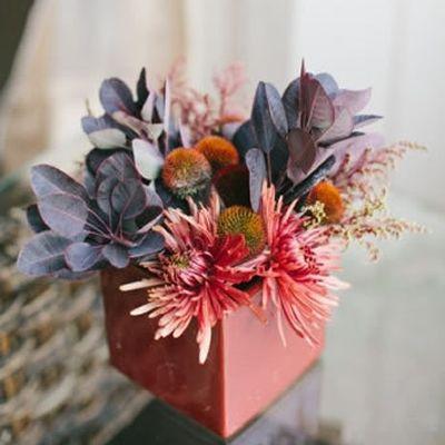 1394584821_photo_slider_modern wedding flowers 1