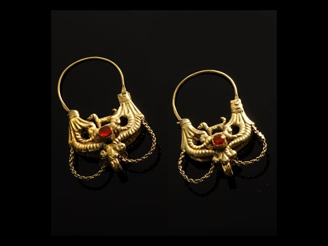 Orecchini, gold earrings, XIX sec. Sardinia