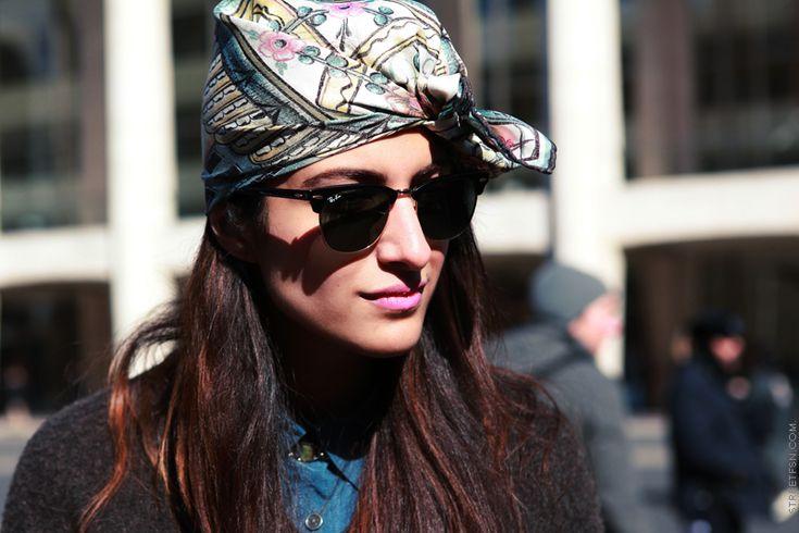 Zijden sjaal op je hoofd