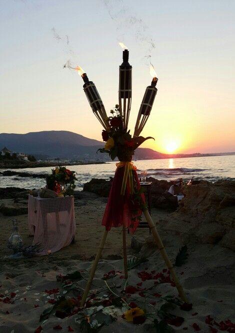 Beach wedding in Crete by stepsis.gr