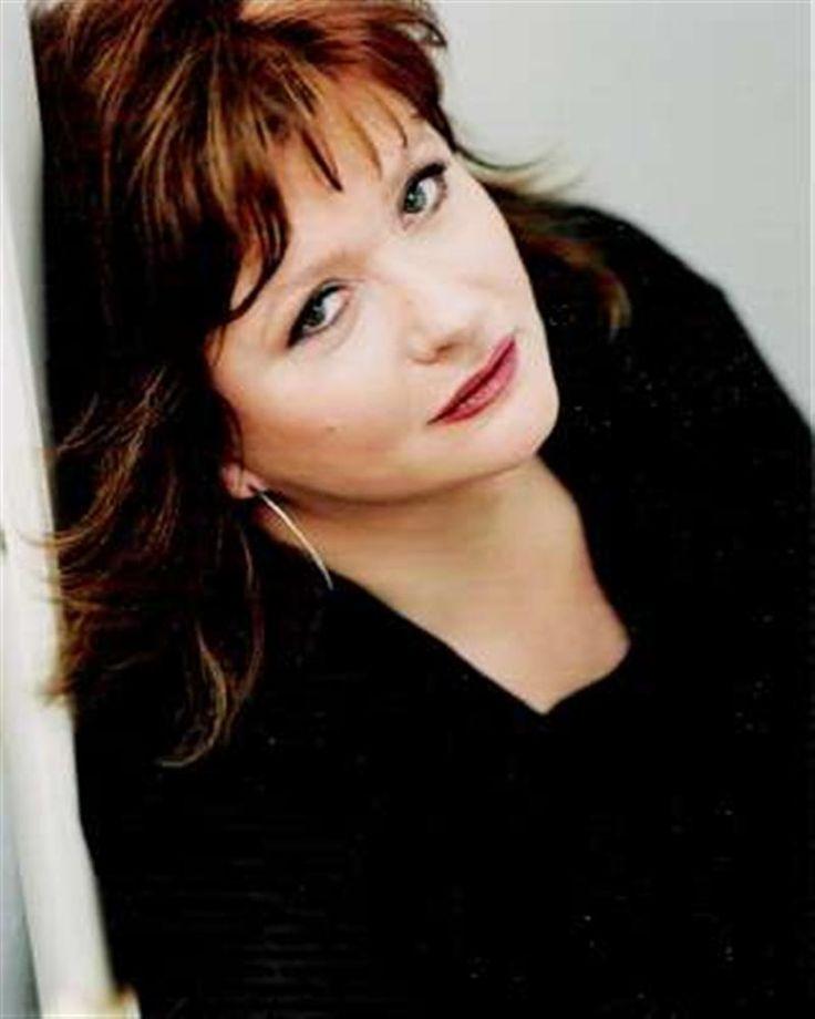 Catherine JACOB- Fiche Artiste  - Artiste interprète - AgencesArtistiques.com : la plateforme des agences artistiques