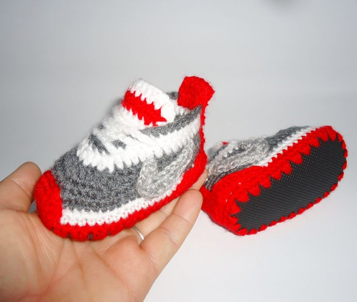 Baby Shoes, Unisex Baby Shoes, Baby Toddler Shoes, Unisex Crochet Sneakers, Baby Converse, Red Sneakers, Baby Red Shoes, Ugg Shoes, by BABYCROCHETfashion on Etsy