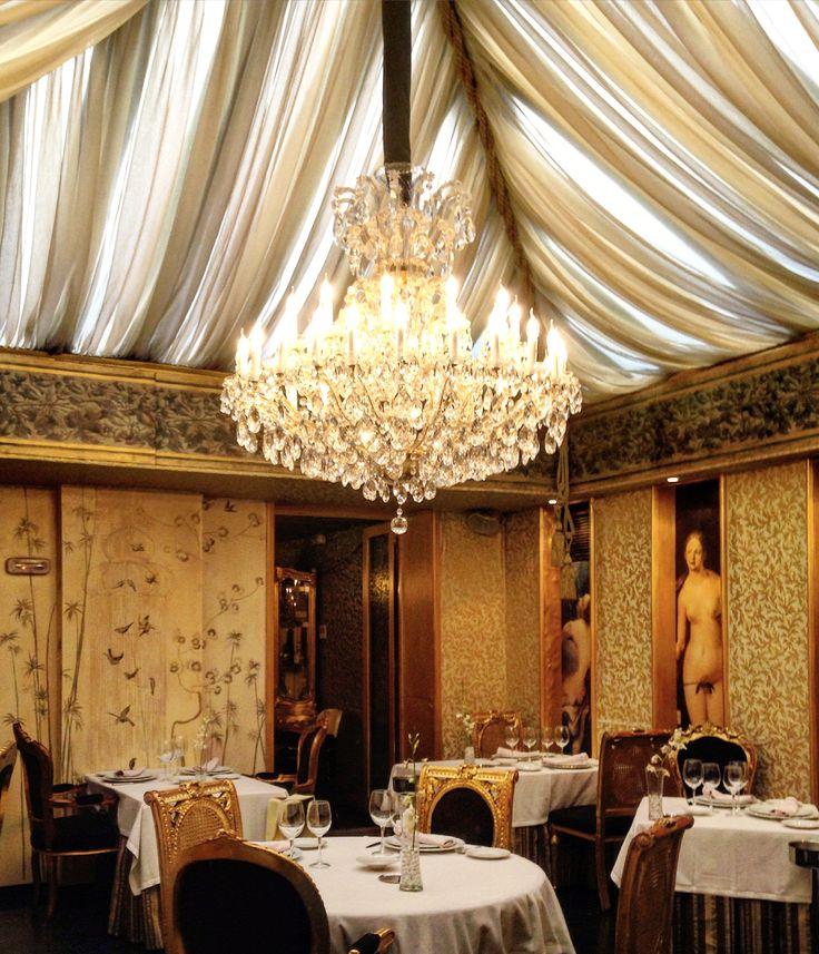 Salón en el restaurante La Capilla de la Bolsa #Madrid