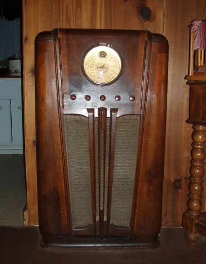 152 Best Images About Old Radios And On Pinterest