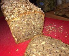 Rezept Weltbestes Dinkelvollkornbrot mit vielen Körnern und Nüssen von clara44 - Rezept der Kategorie Brot & Brötchen