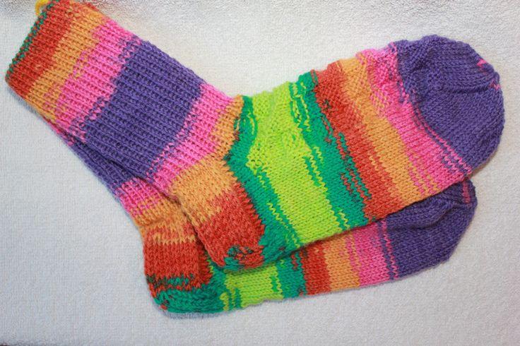 Weiteres - Handgestrickte Socken Gr. 36/37 bunt - ein Designerstück von bastelmaus19 bei DaWanda
